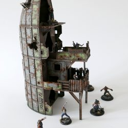 The 'La Dorada' tower from Thunder Chrome is finished and ready for action! So next time you visit us at a show you might be able to play a game on it :-D